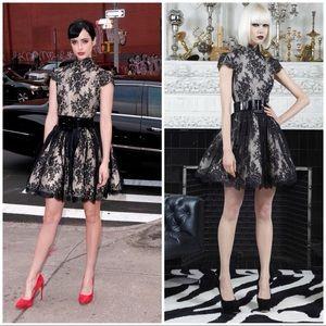 Alice + Olivia Jayna Black Lace Fit Flare Dress 0